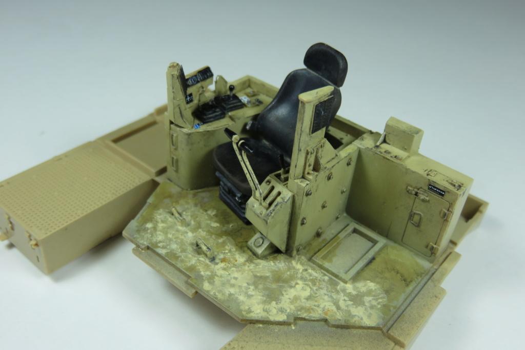 D9 R Bulldozer Meng au 1/35è Img_4413