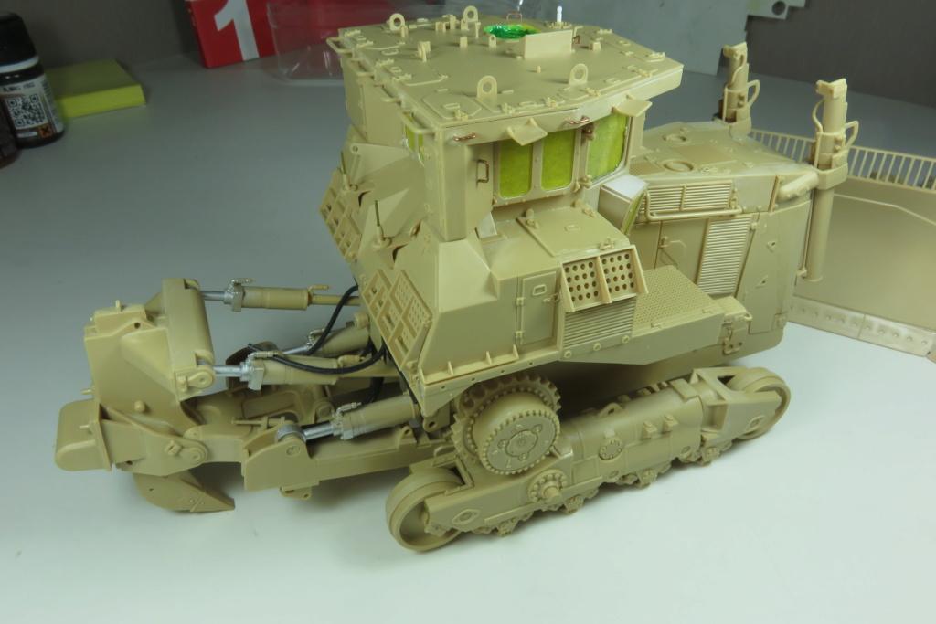 D9 R Bulldozer Meng au 1/35è Img_4613