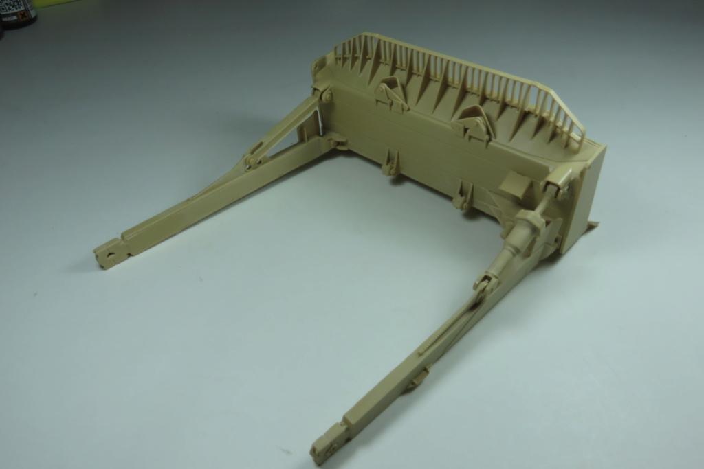 D9 R Bulldozer Meng au 1/35è Img_4616