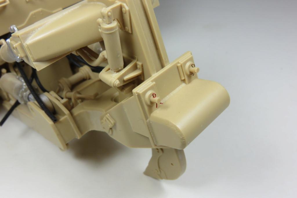 D9 R Bulldozer Meng au 1/35è Img_4619