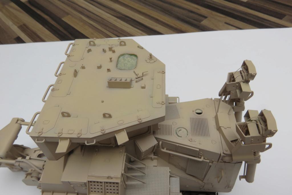 D9 R Bulldozer Meng au 1/35è - Page 2 Img_4726