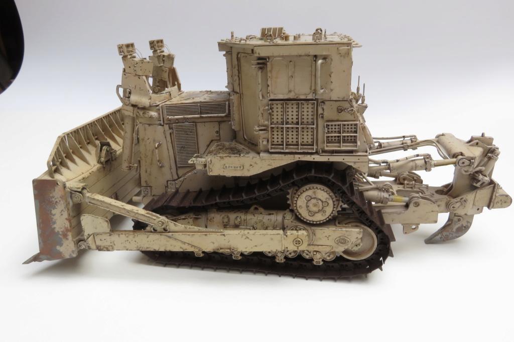 D9 R Bulldozer Meng au 1/35è - Page 3 Img_4734