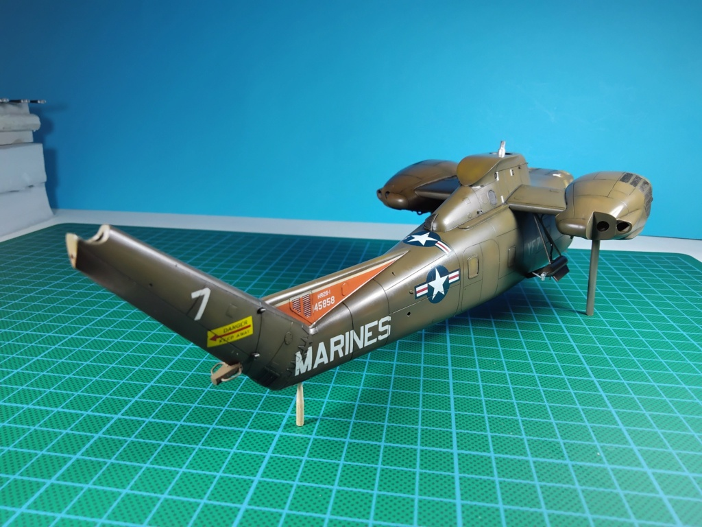 "C-37C ""Deuce USMC"" - 1/72 - Special Hobby - Page 9 Leno210"