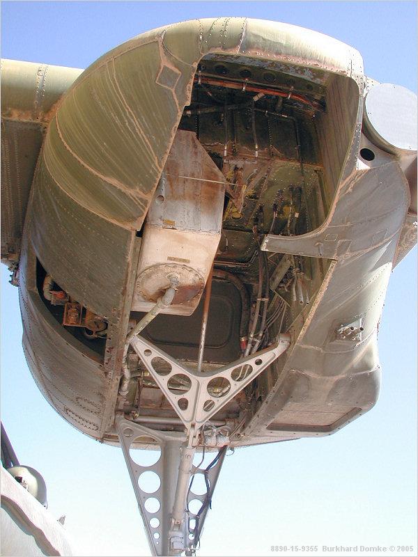 "C-37C ""Deuce USMC"" - 1/72 - Special Hobby - Page 10 Log-tr13"