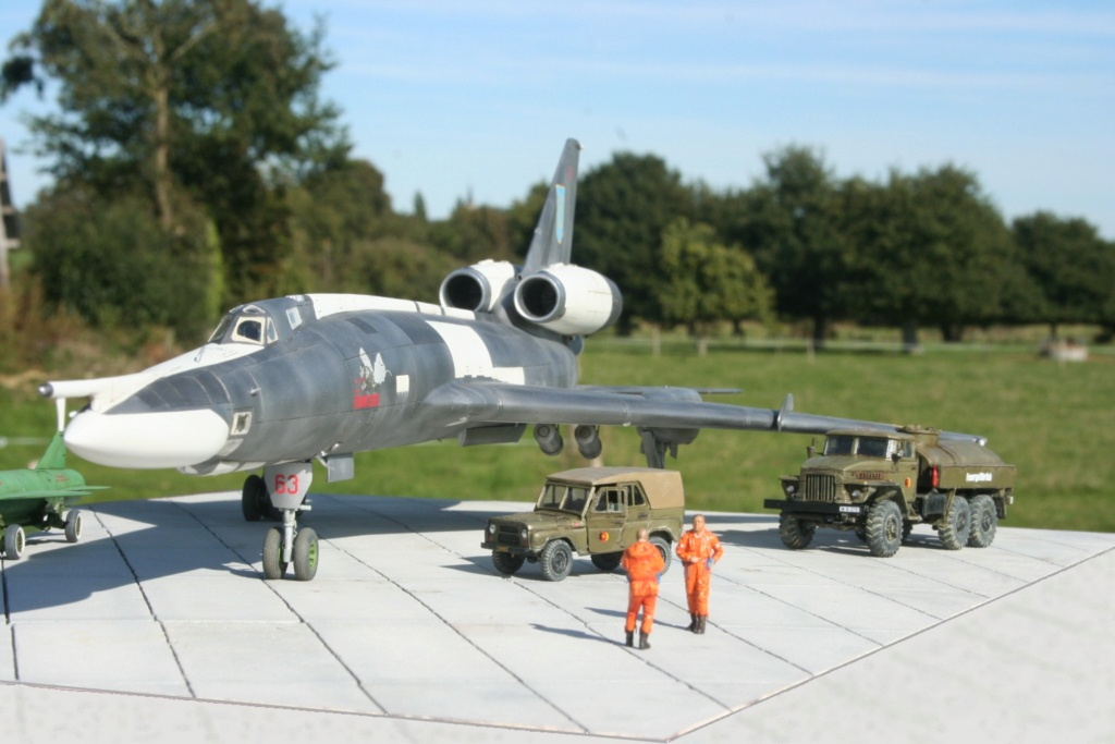 TU-22KD Blinder - 1/72è Modelsvit - C'est grand ! Tu410