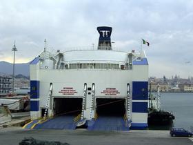 GranTurismo su traghetto per Sardegna Bithia10