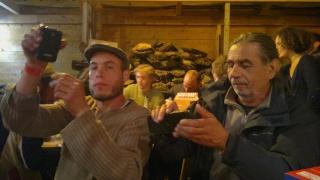 Faut que j'vous raconte  La Ronde des feux de Chaource 2011 - Page 2 13062015