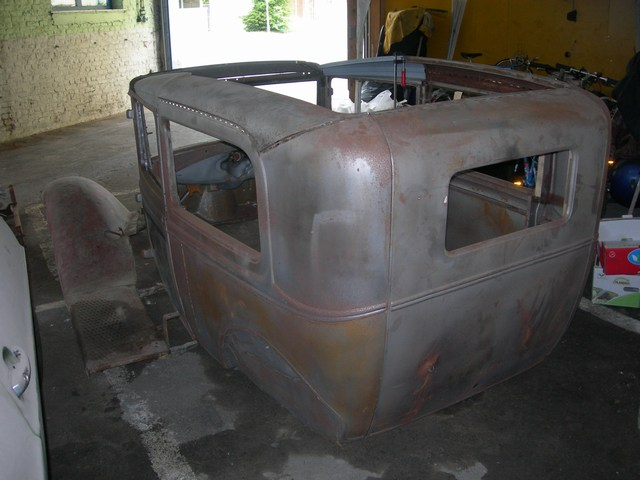 1930 Ford Tudor - projet hot rod Jeud0510