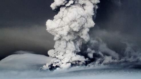 Bientôt un nouveau nuage de cendres ? 80a99c10