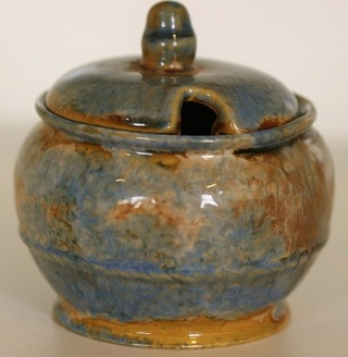 169 Lidded Sugar Basin 16910