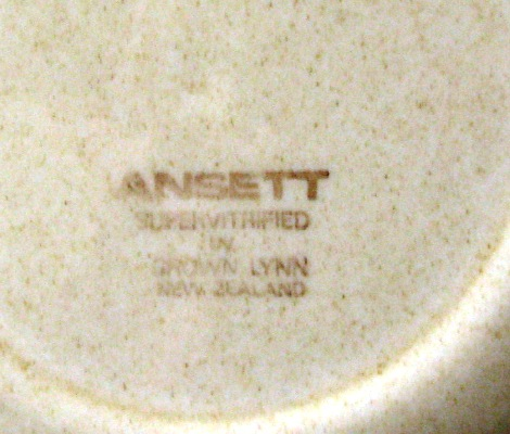 Ansett Supervitrified by Crown Lynn Ansett11