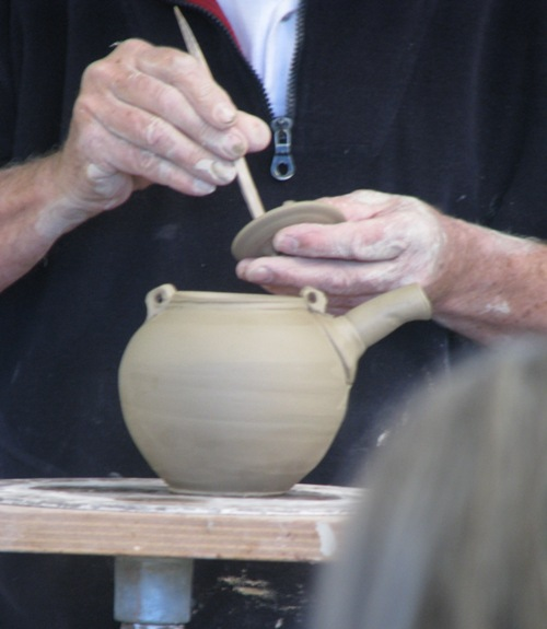 Pics of Chester Nealie pots from his workshop June 2010 Cheste15