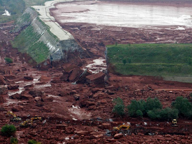 Catastrophe écologique en Hongrie 20101010