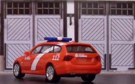 John - Meine BLAULICHTSAMMLUNG / BMW 3er Touring M 1:87 Bmw_3e12
