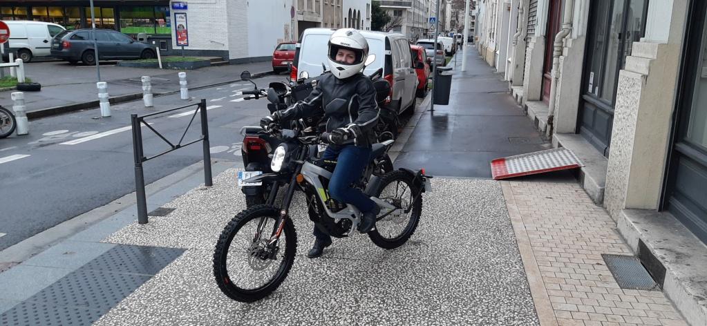 E moto - Page 4 20210115