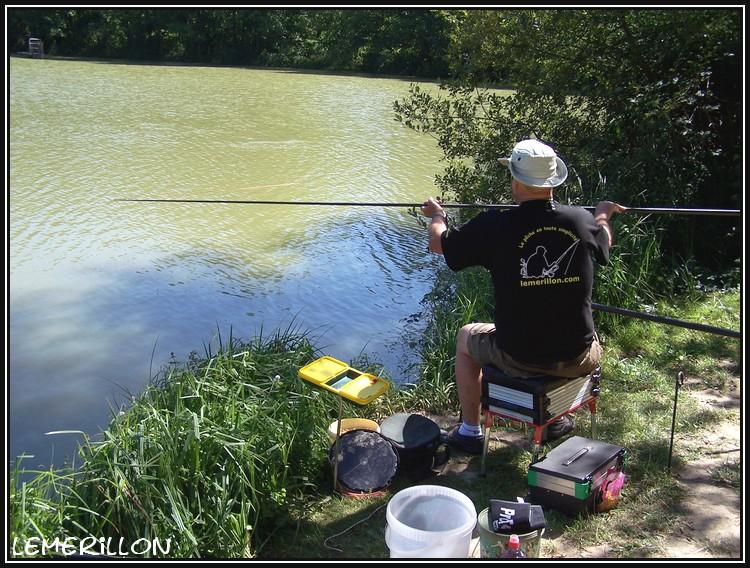 Je pêche la carpe à la baguette. Auto_p10