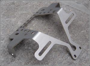 [1125 R - CR] Supports de plaque, arrières courts. Xbhb-010