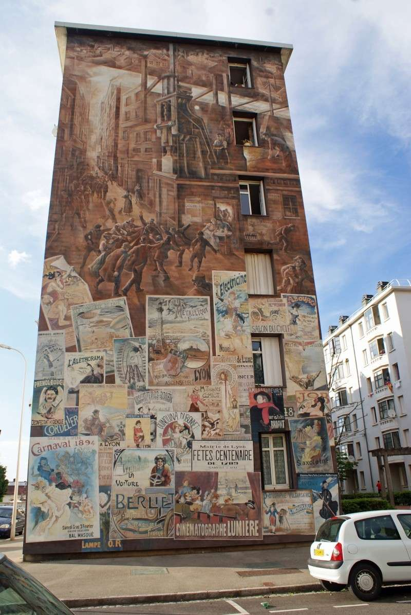 Street view: La cité idéale en 25 Fresques murales à Lyon 1115