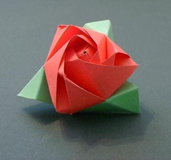 Origami sau arta plierii hartiei; decupaje - Pagina 3 33402610