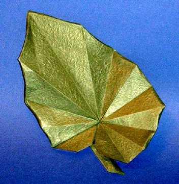Origami sau arta plierii hartiei; decupaje - Pagina 3 36800010