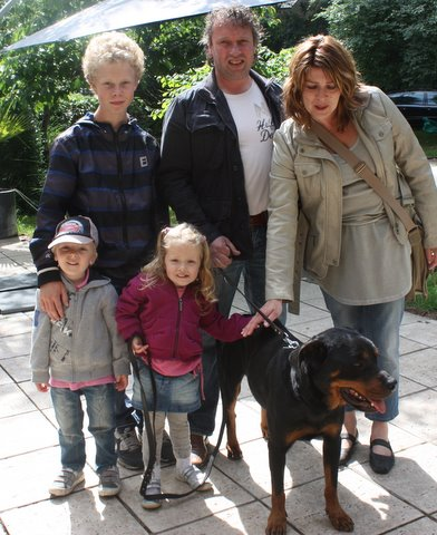 Nouvelles des chiens partis le 13 Mai pour les Pays Bas et l'Allemagne Img_9911