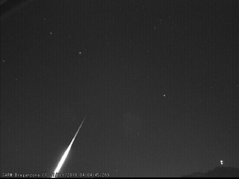 Fireball North Taurids 2010.10.27_04.04.46 ± 1 U.T. Bolide11