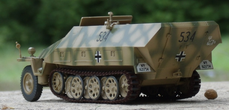 Sd.Kfz.251/9 Ausf.D (Panzers dans le Bocage) [Tamiya 1/35 Ref.35147] Gedc1211