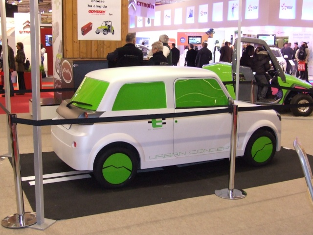 E-MINI au salon de l auto PARIS Dscf6213
