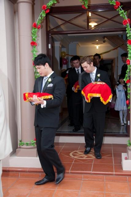 Đám cưới con cô NHUNG Wed910