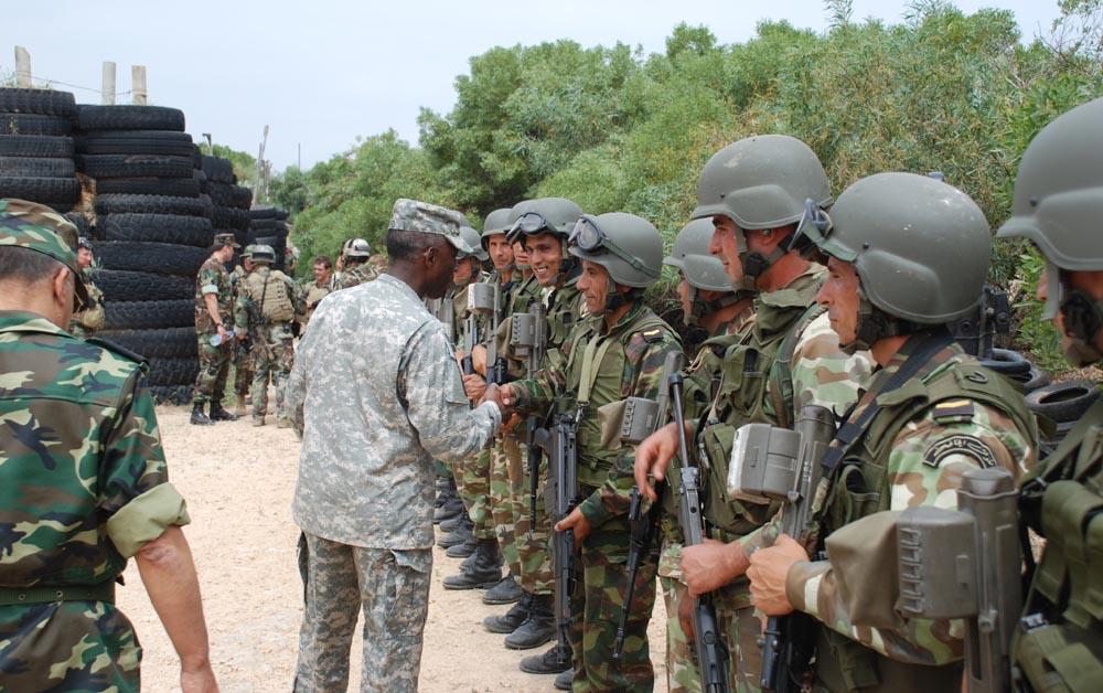 القوات المسلحة التونسية *شامل* - صفحة 5 Tunisf10