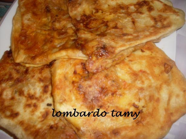 Mssammen ou Masamen Marocain farcies à la viande hachée et piments forts Sdc10910