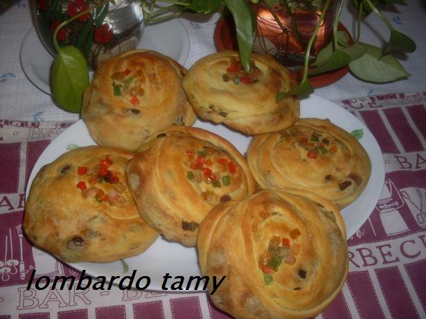 Melloui ou Malloui Marocain au raisins secs et fruits confits  Sdc11919