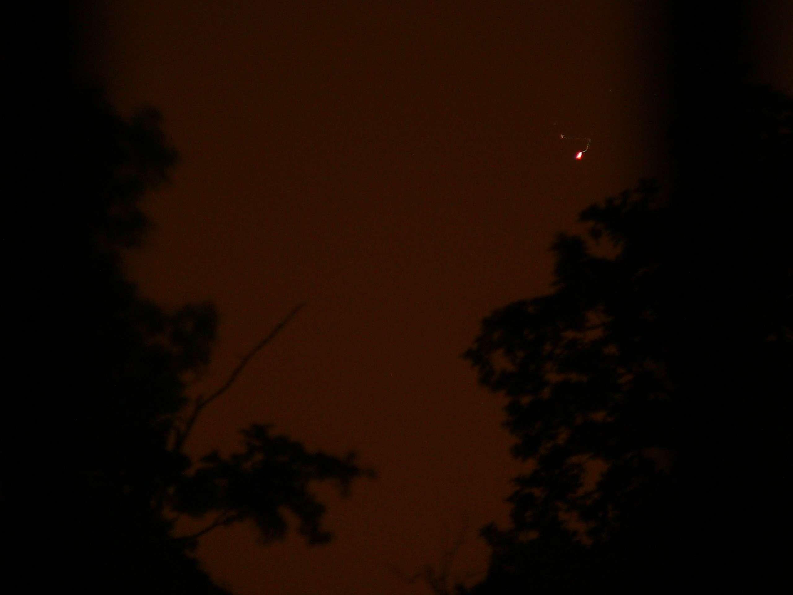 Plateau de Saclay (91) nuit du 24 au 25 mai 2011 : lumières mouvantes - Page 2 P1200424