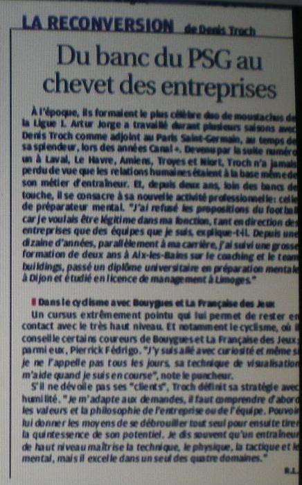 GUY STEPHAN L'ADJOINT ET LE STAFF TECHNIQUE .. Copie_13