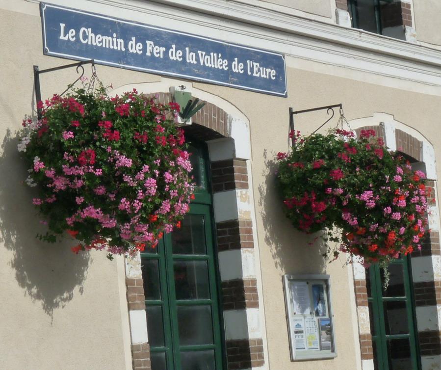 PACY SUR EURE: LE PARIS NORMAND AU COEUR SI TENDRE  - Page 2 P1110014