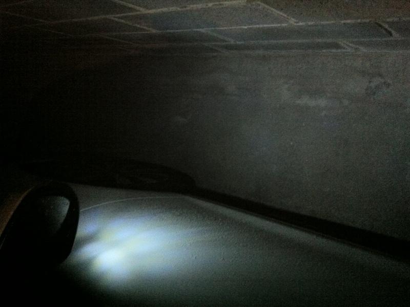 Changement ampoule sous Rétroviseurs par des Leds - Page 2 Img_0411
