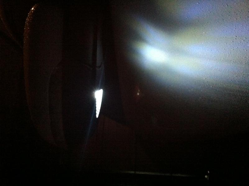 Changement ampoule sous Rétroviseurs par des Leds - Page 2 Img_0412