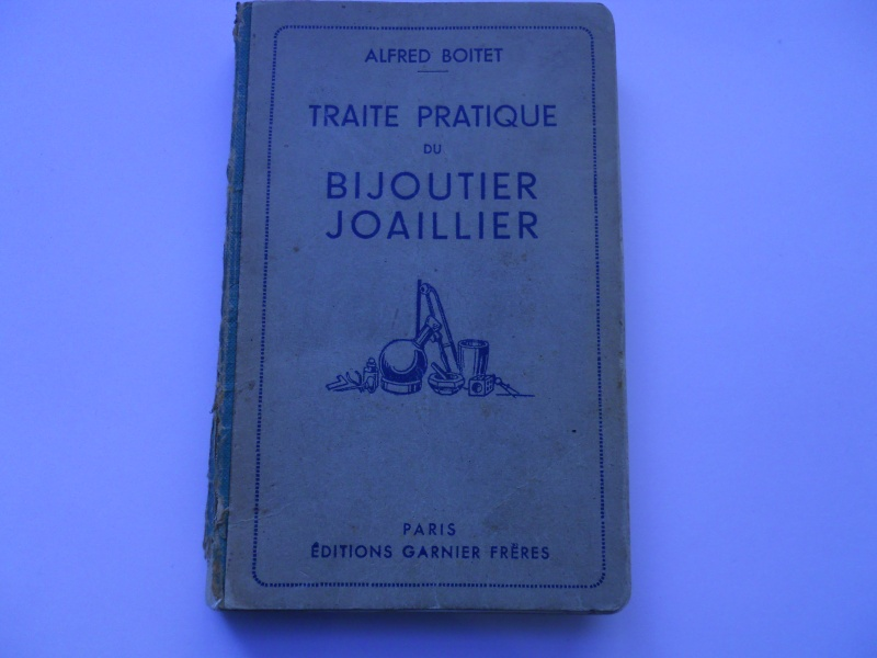 Livre d'Alfred Boitet et livre de Léon Verveley......deux grands classiques. 06210