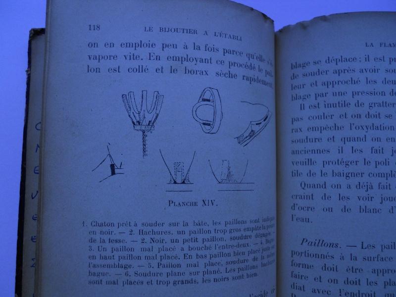 Livre d'Alfred Boitet et livre de Léon Verveley......deux grands classiques. 06611