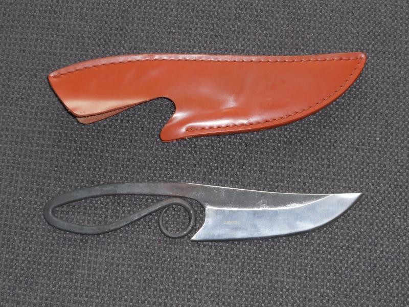 """[revue matériel]: couteau Herbertz """"style médiéval"""" Dscn0011"""