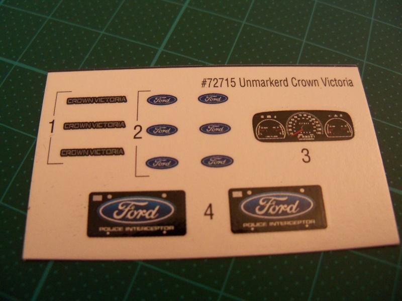 Ford Crown 1:25 von Lindberg 101_0928