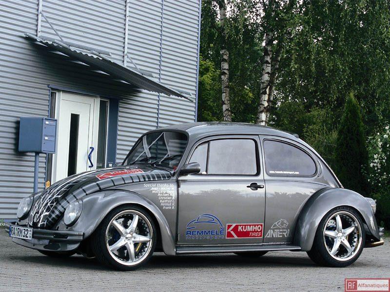 Quelle est pour toi la plus belle voiture qui existe,ou qui existait au monde? 131_re10