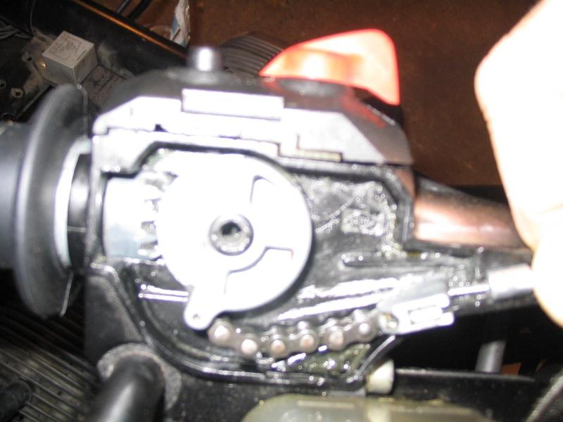 [R65 LS] Poignée de gaz ne revient pas automatiquement Img_0012