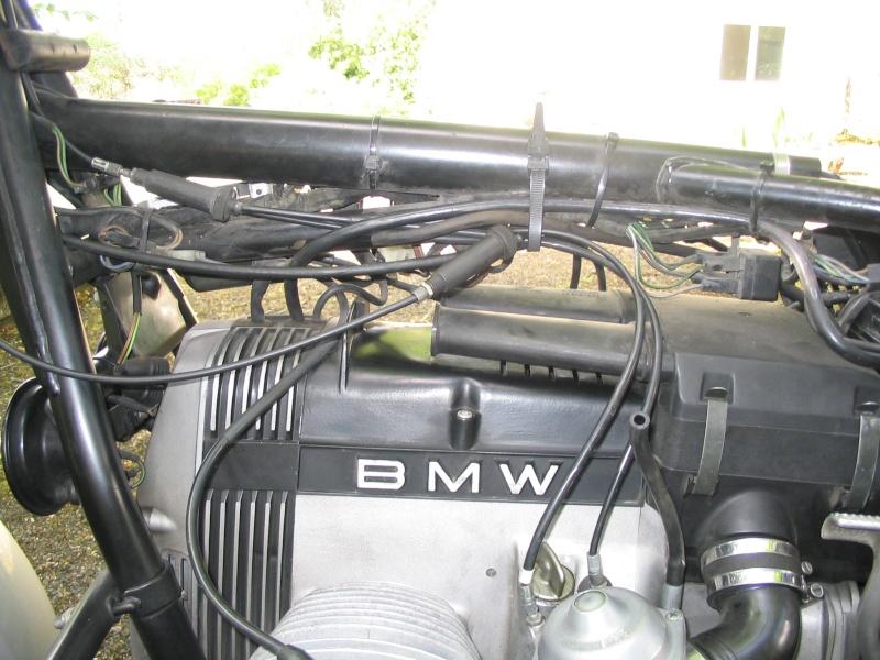 [R65 LS] Poignée de gaz ne revient pas automatiquement Img_9310