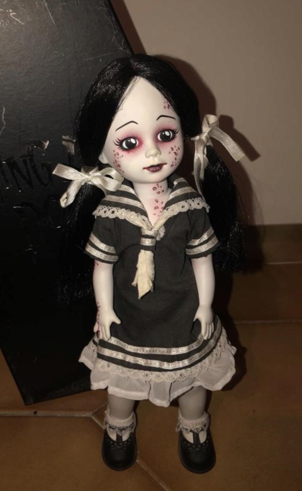 [VENDS] Living Dead Dolls (modèles rares) D899d310