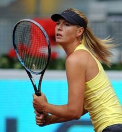 La racchetta di Maria Sharapova - Pagina 2 Maria_10
