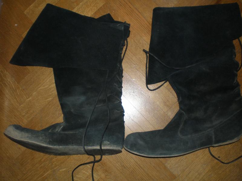 Chaussure XIV/XVème P5020011