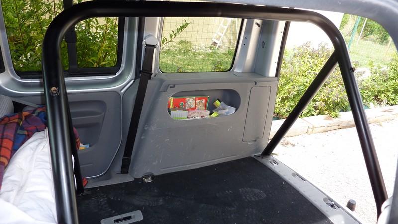 CJ7 : Arceau de sécurité P1050831