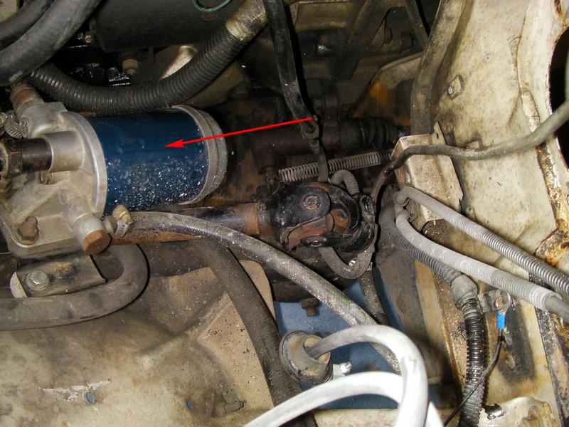 référence filtre à carburant (moteur j8s) Sany0019