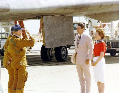 [STS-134] Endeavour : Préparatifs lancement le 29/04/2011 - Page 13 4d9ec010